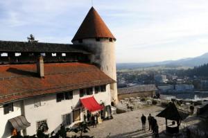 bled castle, courtyard, blejski grad