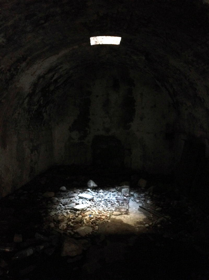 Dungeon at St. John's fortress in Kotor - Meanderbug