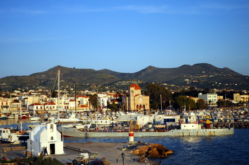 aegina, view from the boat, greece - meanderbug