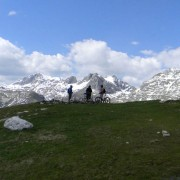 Mountain biking on Durmitor - meanderbug