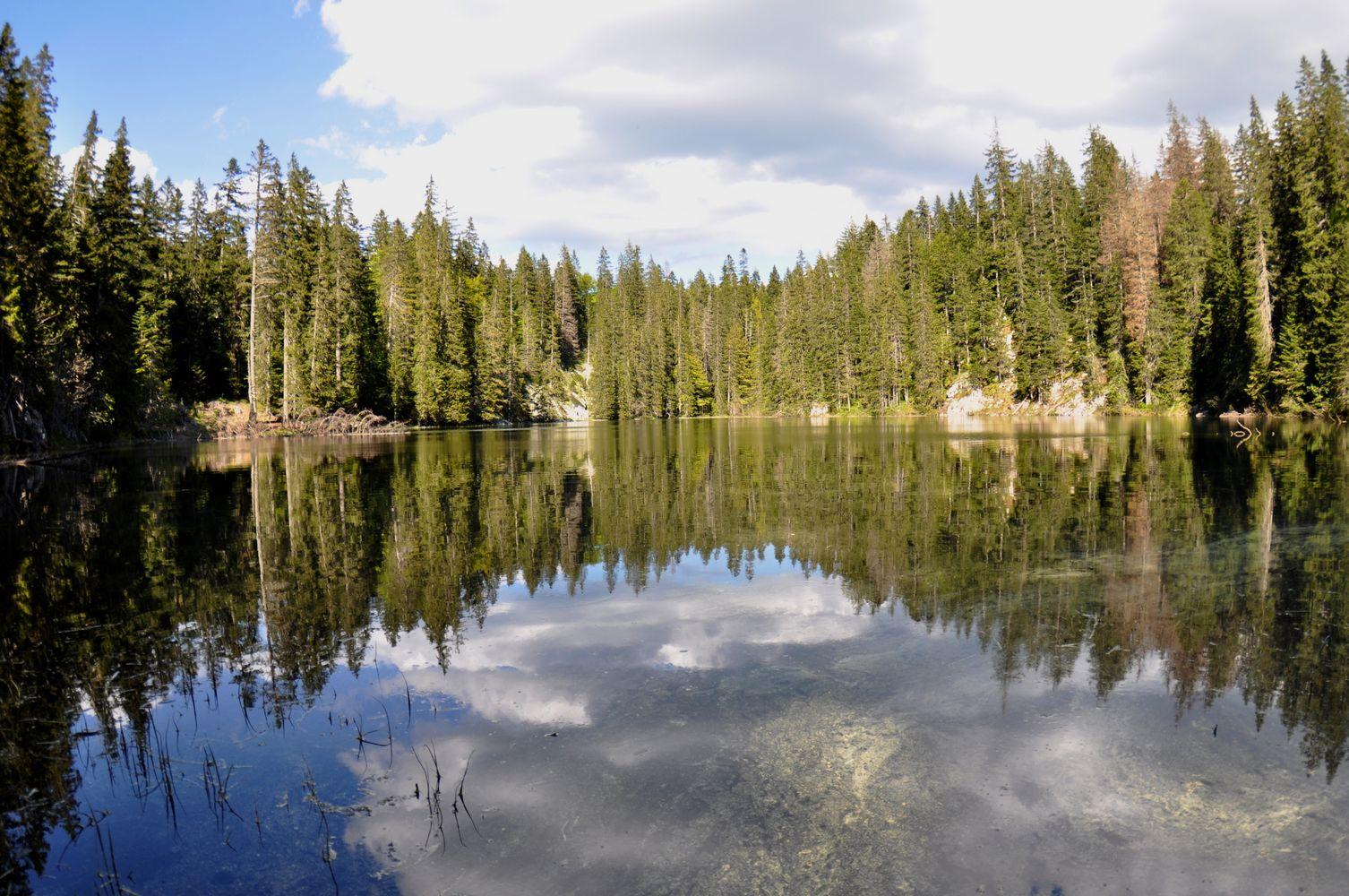 Zminje Jezero u Durmitor