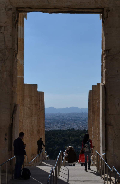 Propylaia entrance to Acropolis - meanderbug