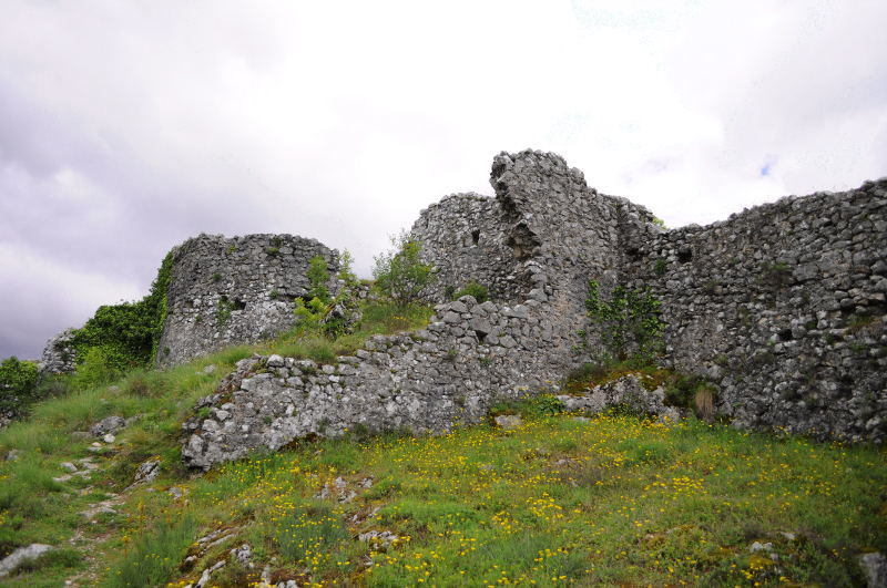 upper-fortress-medun
