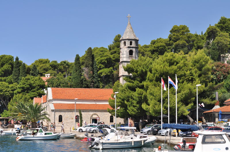 Cavtat - Cathedral - Croatia - Meanderbug