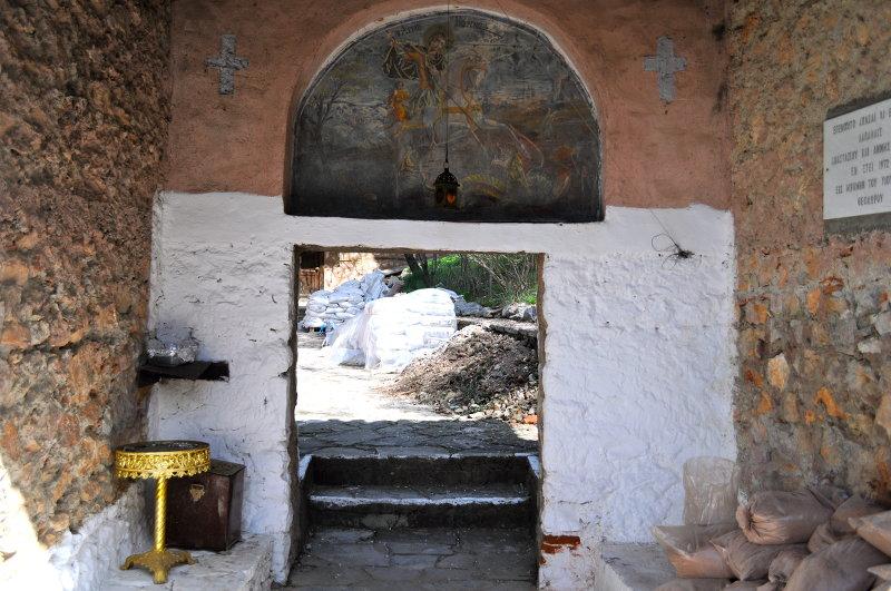 Kastoria neighborhoods, Greece, meanderbug