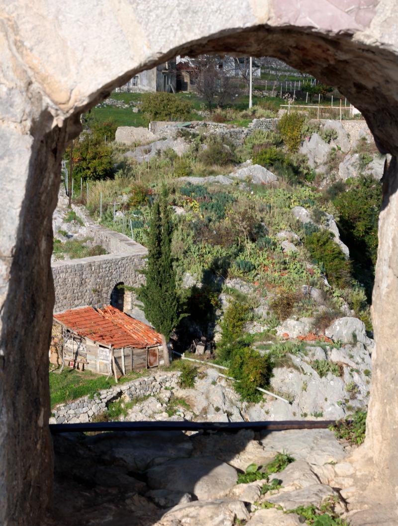 BarAqueduct