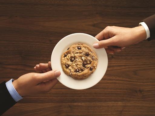 warm cookies, doubletree by hilton zagreb
