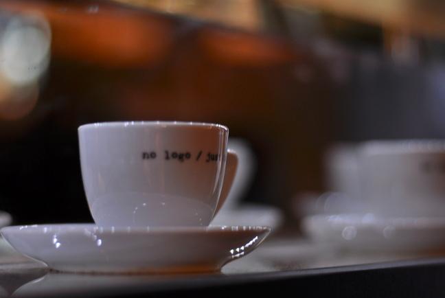 elis caffe, zagreb, meanderbu