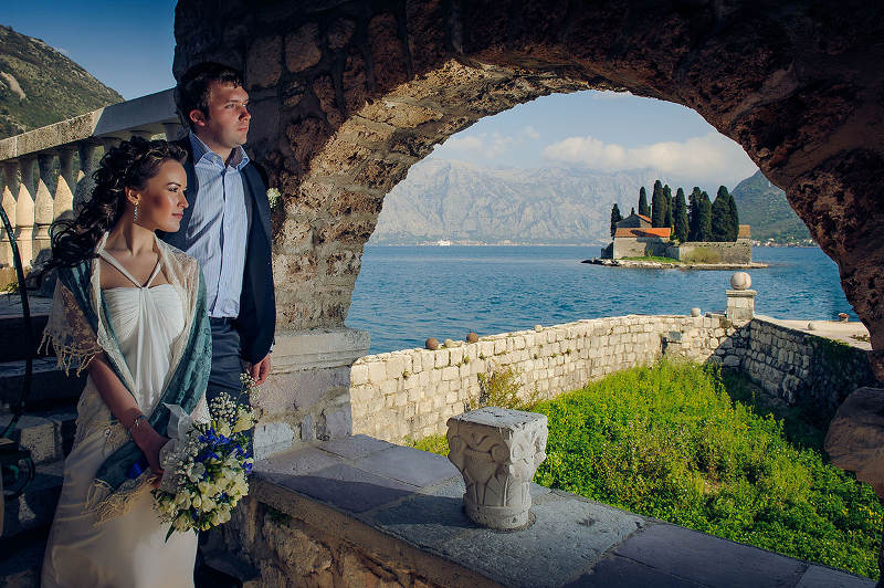 Destination weddings on Boka Bay in Montenegro - photo by Alexander Jaredic