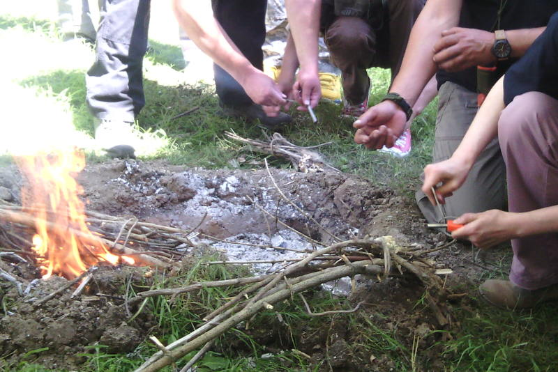 bushcraft-starting-fire