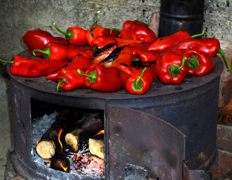 Roasting red peppers for ajvar