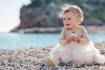 Cute as a button beach photo shoot