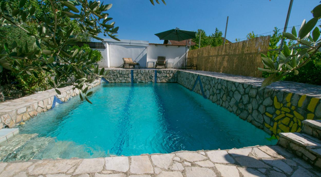 Pehar Family pool near Mostar