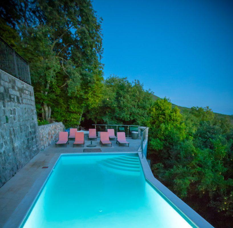 Klinci Village Resort on Lustica – White Oak Suite for Two ...
