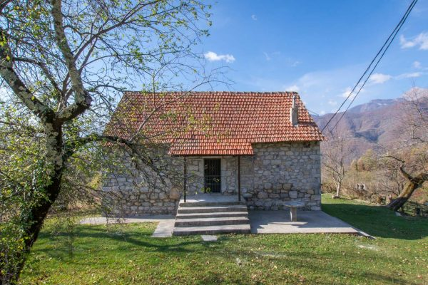 Northern Montenegro agritourism lodging